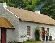 21180 Ulster American Folk Park - Thatched Cottage